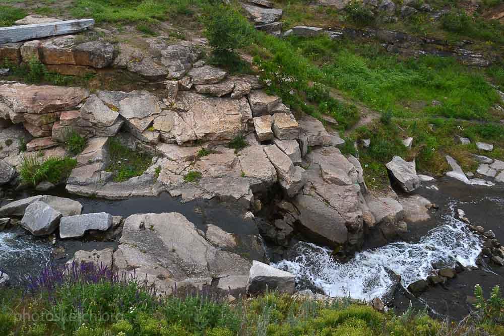 vodopad-na-reke-moskovka